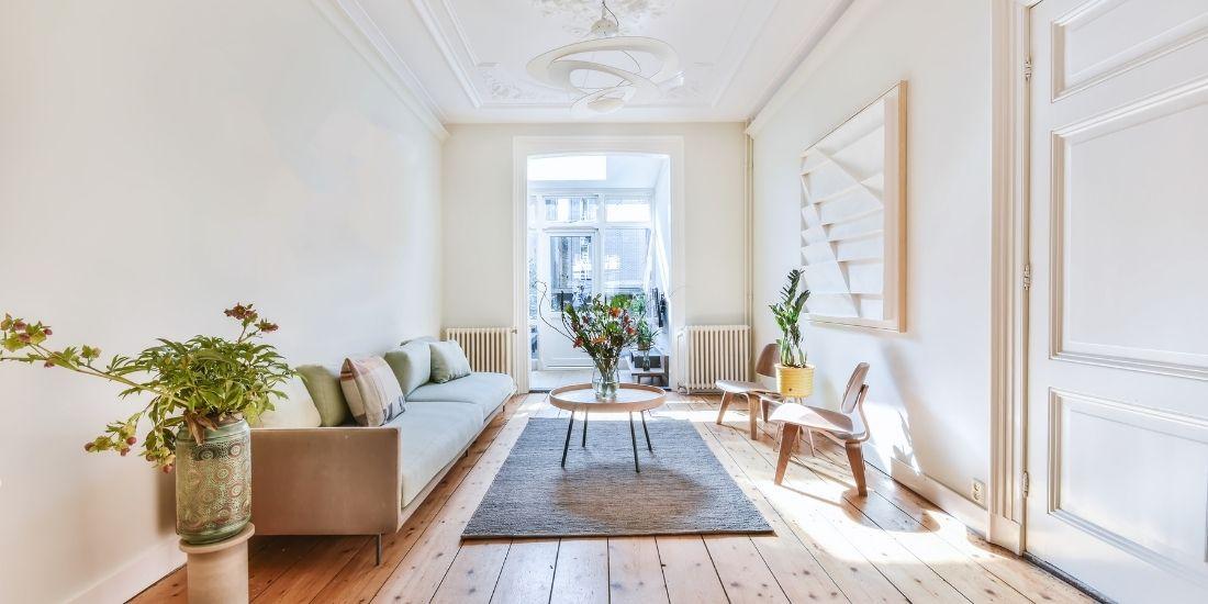 Comment se protéger du soleil dans sa maison et son jardin ?
